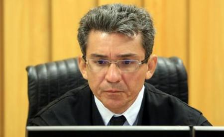 Desembargador Arnaldo Boson Paes: a administração pública é impessoal
