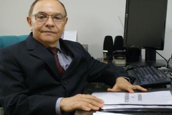 Desembargador Fausto Lustosa Neto, relator do processo